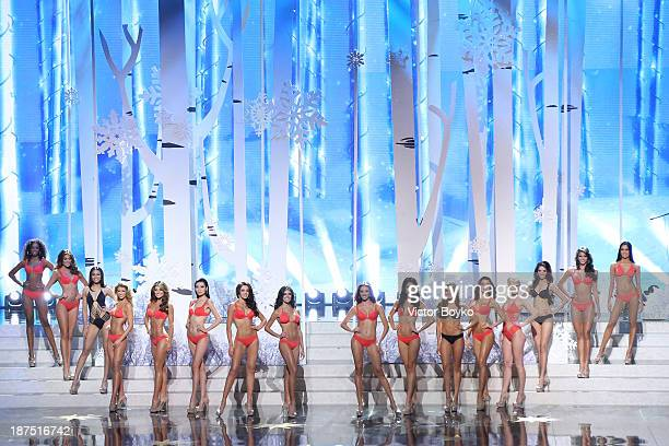 Contestants pose on stage during the Miss Universe Pageant Competition 2013 on November 9 2013 in Moscow Russia