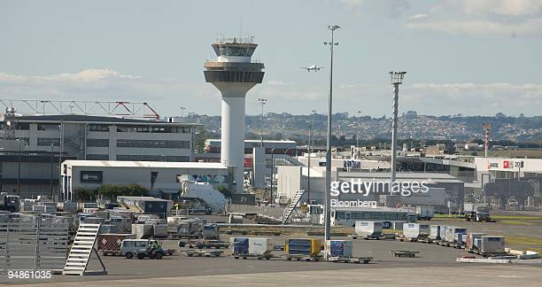 A control tower stands at Auckland International Airport in Auckland New Zealand on Thursday April 10 2008 Auckland International Airport Ltd New...