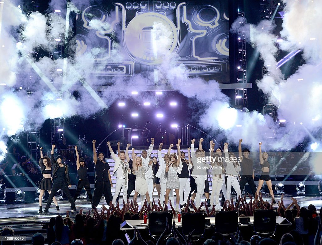 Contsestants perform onstage during Fox's 'American Idol 2013' Finale Results Show at Nokia Theatre L.A. Live on May 16, 2013 in Los Angeles, California.