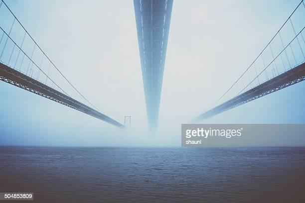 覆うには、霧