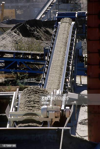 Conveyor and Gravel