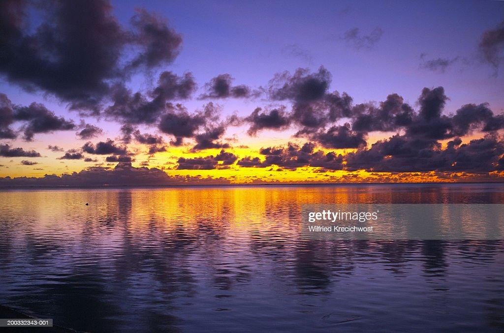 Cook Islands, Aitutaki, Aitutaki Lagoon, sunset : Stock Photo