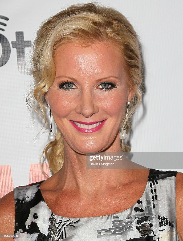 TV cook <a gi-track='captionPersonalityLinkClicked' href=/galleries/search?phrase=Sandra+Lee+-+Television+Personality&family=editorial&specificpeople=242799 ng-click='$event.stopPropagation()'>Sandra Lee</a> attends the 12th Annual BMI Urban Awards at the Saban Theatre on September 7, 2012 in Beverly Hills, California.