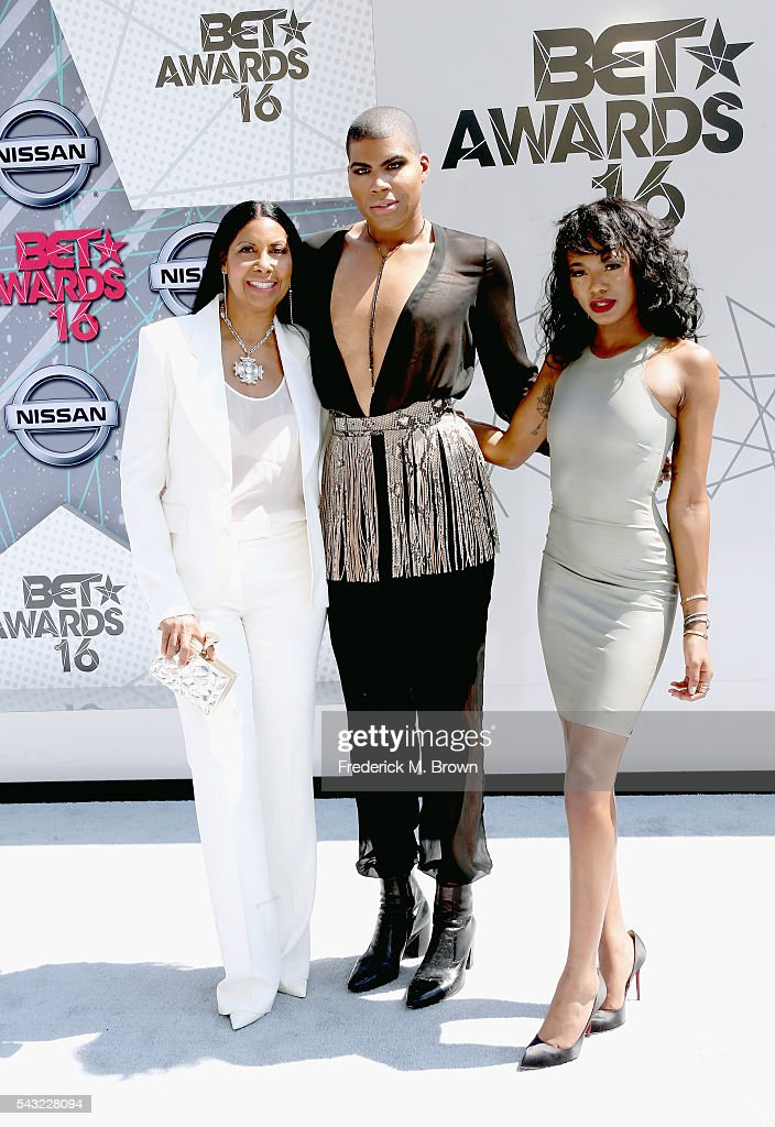 <a gi-track='captionPersonalityLinkClicked' href=/galleries/search?phrase=Cookie+Johnson&family=editorial&specificpeople=846852 ng-click='$event.stopPropagation()'>Cookie Johnson</a>, EJ Johnson and Elisa Johnson attend the 2016 BET Awards at the Microsoft Theater on June 26, 2016 in Los Angeles, California.