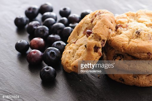 cookies and blueberries : ストックフォト