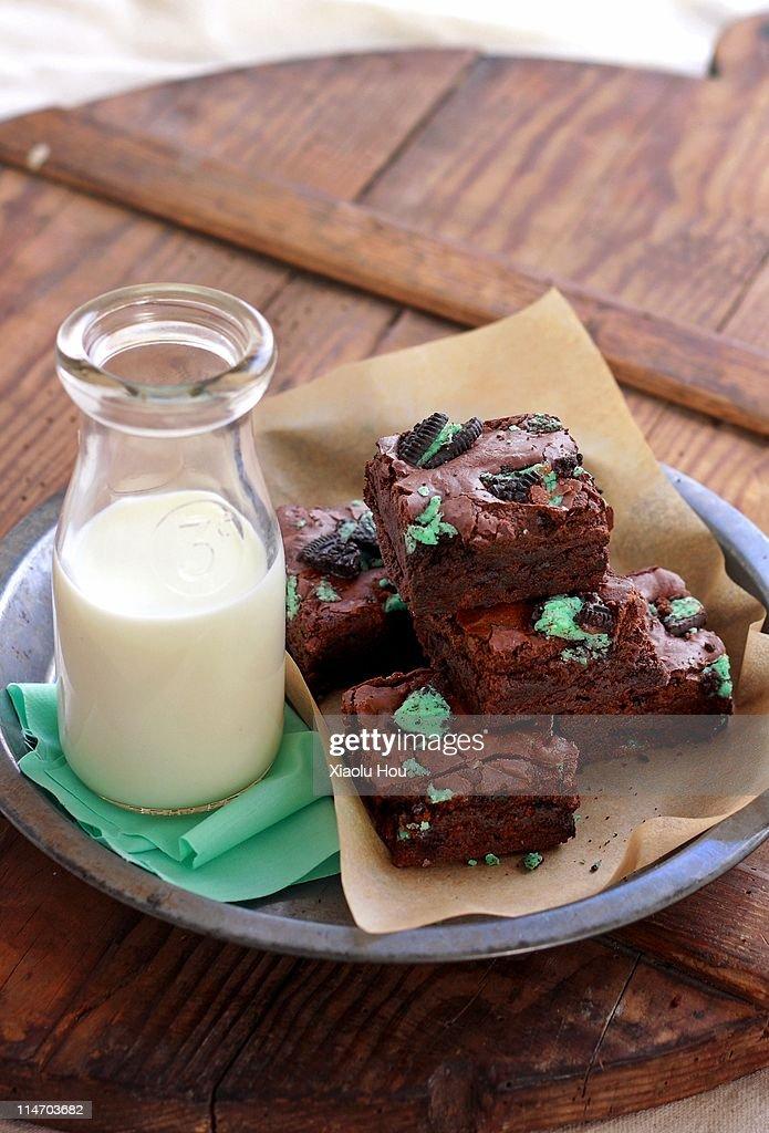 Cookies and cream brownie bars : Stock Photo