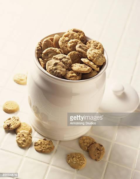 Cookies in a cookie jar