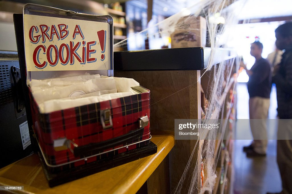 Cookies sit on display at a Potbelly Sandwich Shop in Washington, D.C., U.S., on Tuesday, Oct. 15, 2013. Potbelly Corp., the Chicago-based purveyor of made-to-order toasted sandwiches, held its initial public offering (IPO) on Oct. 4. Photographer: Andrew Harrer/Bloomberg via Getty Images