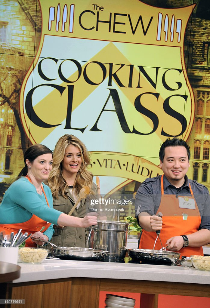 """THE CHEW - Cooking class is in session as """"The Chew Crew"""" teaches a group of viewers in studio how to prepare a dish of the day, led by co-host Michael Symon. Then, each co-host is paired with a viewer to take a master class taught by Mario Batali. 'The Chew' airs MONDAY - FRIDAY (1-2pm, ET) on the ABC Television Network. OZ"""