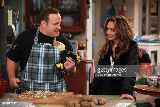 'Cooking up a Storm' After Kevin insists he can handle cooking a full Thanksgiving dinner for Vanessa and his family he realizes he's in over his...