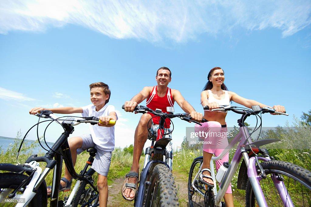 Cool cyclists : Bildbanksbilder