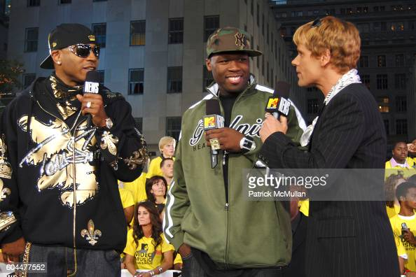 LL Cool J 50 Cent and John Norris attend 2006 MTV Video Music Awards at Radio City Music Hall on August 31 2006 in New York City