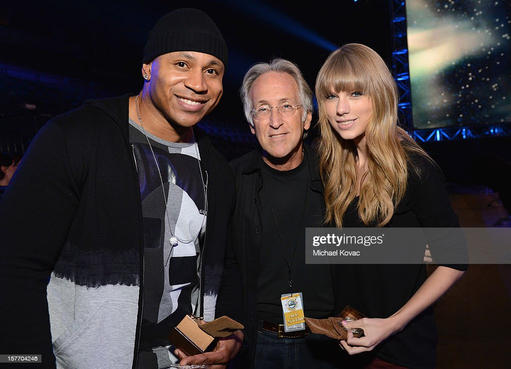 <a gi-track='captionPersonalityLinkClicked' href=/galleries/search?phrase=LL+Cool+J&family=editorial&specificpeople=201567 ng-click='$event.stopPropagation()'>LL Cool J</a>, President/CEO of The Recording Academy <a gi-track='captionPersonalityLinkClicked' href=/galleries/search?phrase=Neil+Portnow&family=editorial&specificpeople=208909 ng-click='$event.stopPropagation()'>Neil Portnow</a>, and <a gi-track='captionPersonalityLinkClicked' href=/galleries/search?phrase=Taylor+Swift&family=editorial&specificpeople=619504 ng-click='$event.stopPropagation()'>Taylor Swift</a> attend The GRAMMY Nominations Concert Live!! pre-show reception held at Bridgestone Arena on December 5, 2012 in Nashville, Tennessee.