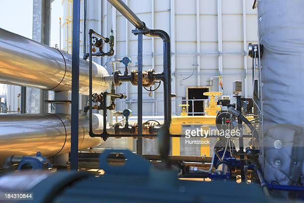 Kühlende pipes und Heizöl Linien für einen elektrischen cogeneration