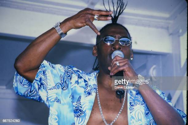 Coolio performs at Nassau Community College Uniondale New York May 3 2001