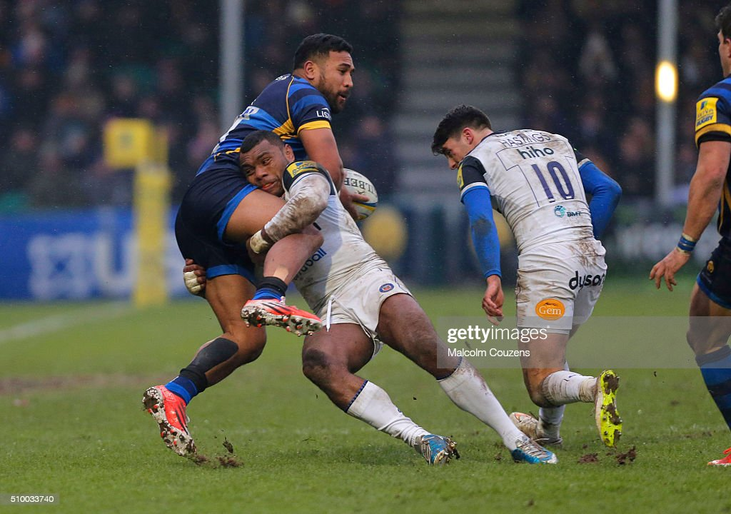 Cooper Vuna of Worcester Warriors is tackled by <a gi-track='captionPersonalityLinkClicked' href=/galleries/search?phrase=Semesa+Rokoduguni&family=editorial&specificpeople=6143863 ng-click='$event.stopPropagation()'>Semesa Rokoduguni</a> of Bath Rugby during the Aviva Premiership match between Worcester Warriors and Bath Rugby at Sixways Stadium on February 13, in Worcester, England