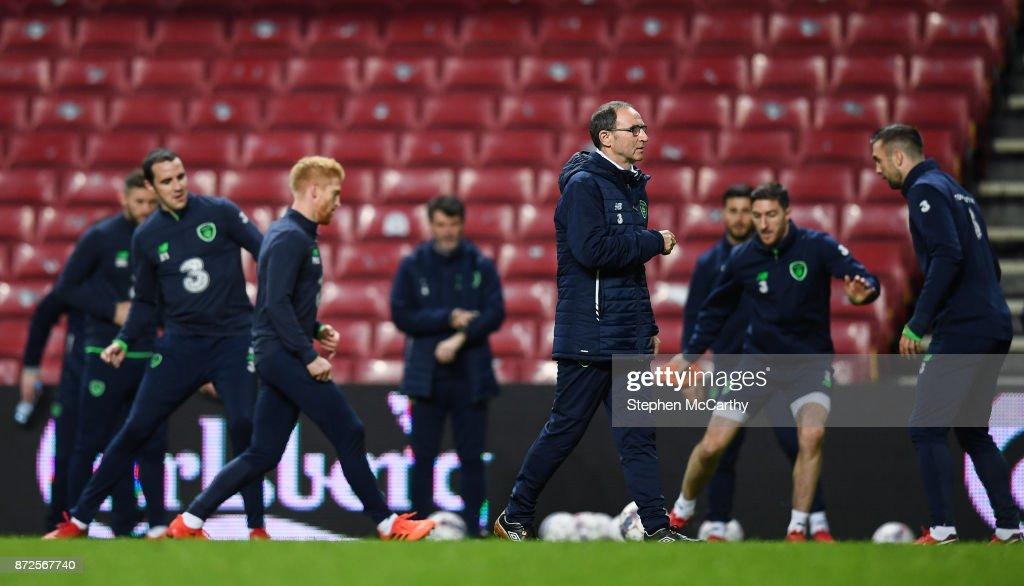 Copenhagen , Denmark - 10 November 2017; Manager Martin O'Neill during squad training at Parken Stadium in Copenhagen, Denmark.
