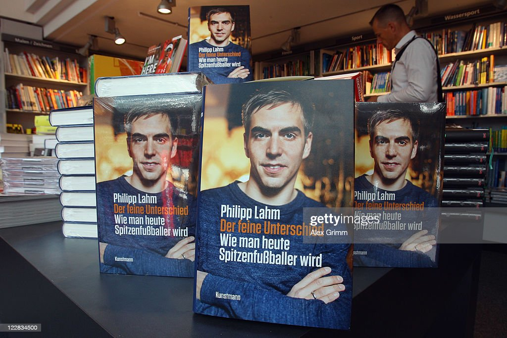 Copies of German football player Philipp Lahm's book 'Der feine Unterschied' are displayed in a book store on August 29, 2011 in Frankfurt am Main, Germany.