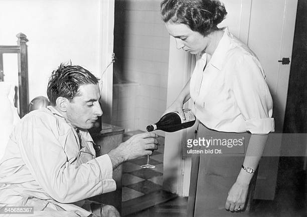 Coppi Fausto *Racing cyclist Italywith his wife Bruna at the Grand Hotel of Roncegnoduring convalescence after an accident 1950