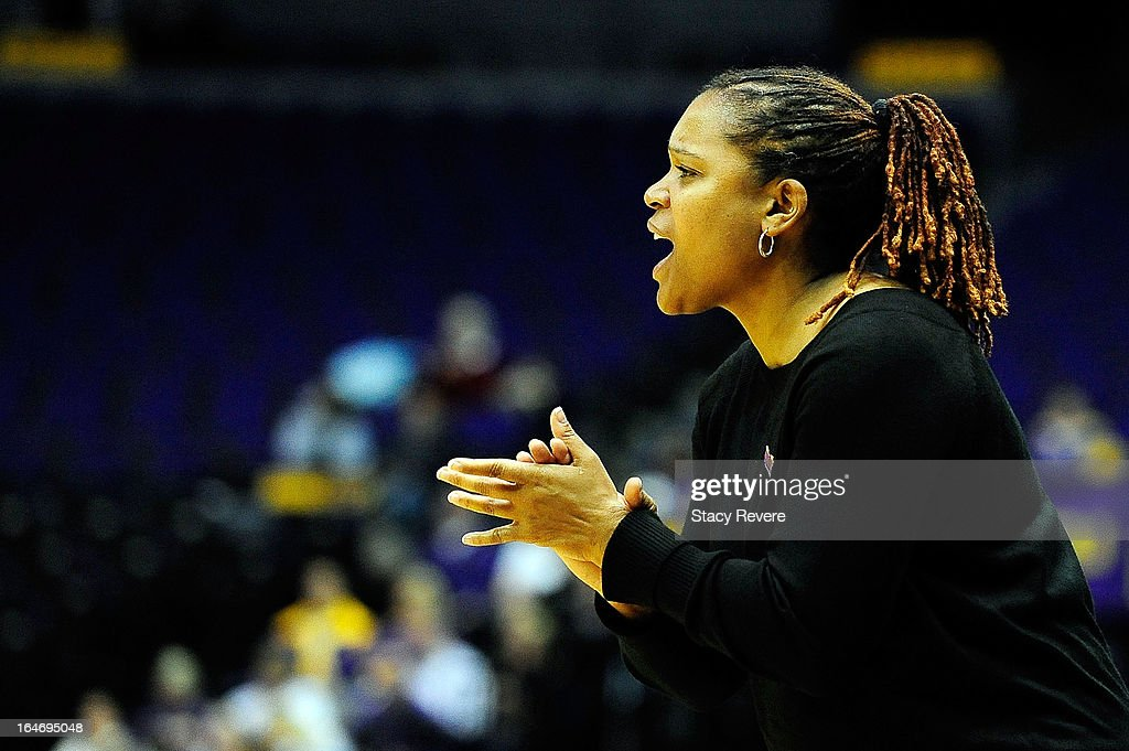Coquese Washington, head coach of the Penn State Lady Lions instructs her players during the second round of the NCAA Tournament against the LSU Tigers at the Pete Maravich Assembly Center on March 26, 2013 in Baton Rouge, Louisiana.