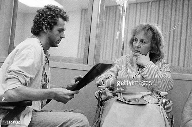 ST ELSEWHERE 'Cora and Arnie' Episode 4 Pictured David Morse as Dr Jack Morrison Doris Roberts as Cora Photo by Paul Drinkwater/NBCU Photo Bank