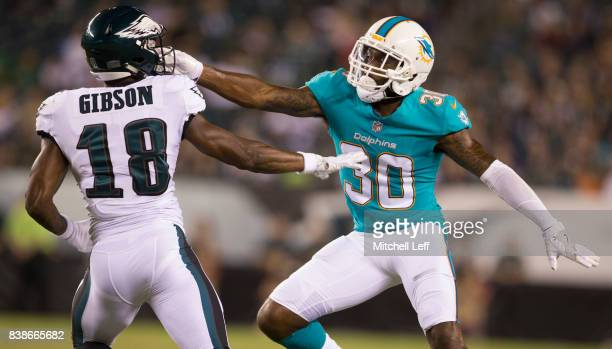 Cordrea Tankersley of the Miami Dolphins covers Shelton Gibson of the Philadelphia Eagles in the fourth quarter of the preseason game at Lincoln...