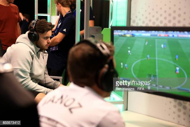 Corentin 'Rockyy' Chevrey of France in action during his quarter final match against Javier 'Janoz' Munoz of Columbia on day two of the FIFA...