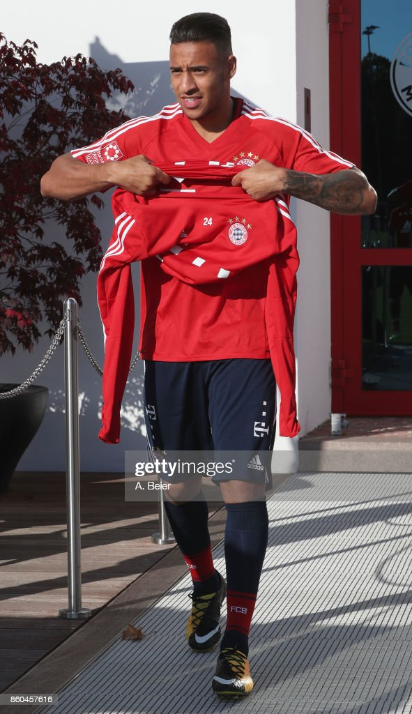 Corentin Tolisso of FC Bayern Muenchen warms up during a training session at the Saebener Strasse training ground on October 12, 2017 in Munich, Germany.