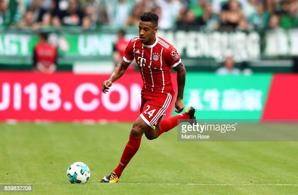 Corentin Tolisso of Muenchen runs with the ball during the Bundesliga match between SV Werder Bremen and FC Bayern Muenchen at Weserstadion on August...