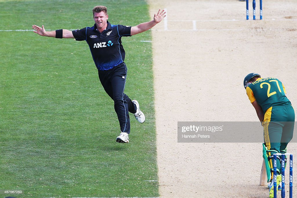 <a gi-track='captionPersonalityLinkClicked' href=/galleries/search?phrase=Corey+Anderson+-+Cricketspeler&family=editorial&specificpeople=12457249 ng-click='$event.stopPropagation()'>Corey Anderson</a> of New Zealand celebrates the wicket of <a gi-track='captionPersonalityLinkClicked' href=/galleries/search?phrase=Rilee+Rossouw&family=editorial&specificpeople=4884905 ng-click='$event.stopPropagation()'>Rilee Rossouw</a> of South Africa during the One Day International match between New Zealand and South Africa at Bay Oval on October 21, 2014 in Mount Maunganui, New Zealand.