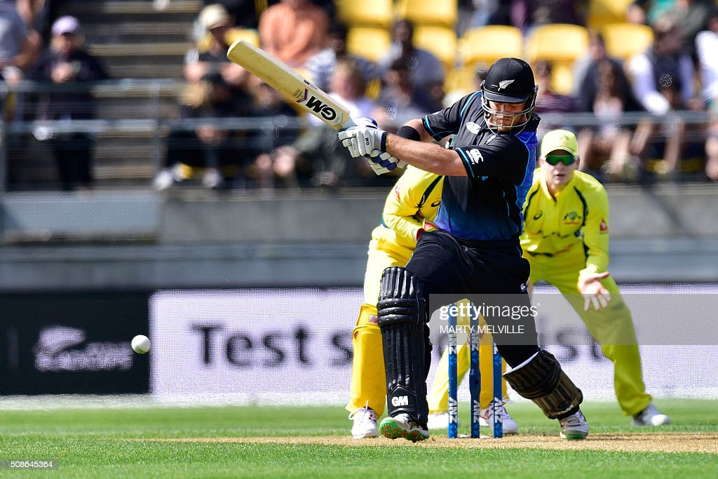Corey Anderson of New Zealand plays a shot during the 2nd one-day international cricket match between New Zealand and Australia at Westpac Stadium in Wellington on February 6, 2016. AFP PHOTO / MARTY MELVILLE / AFP / Marty Melville