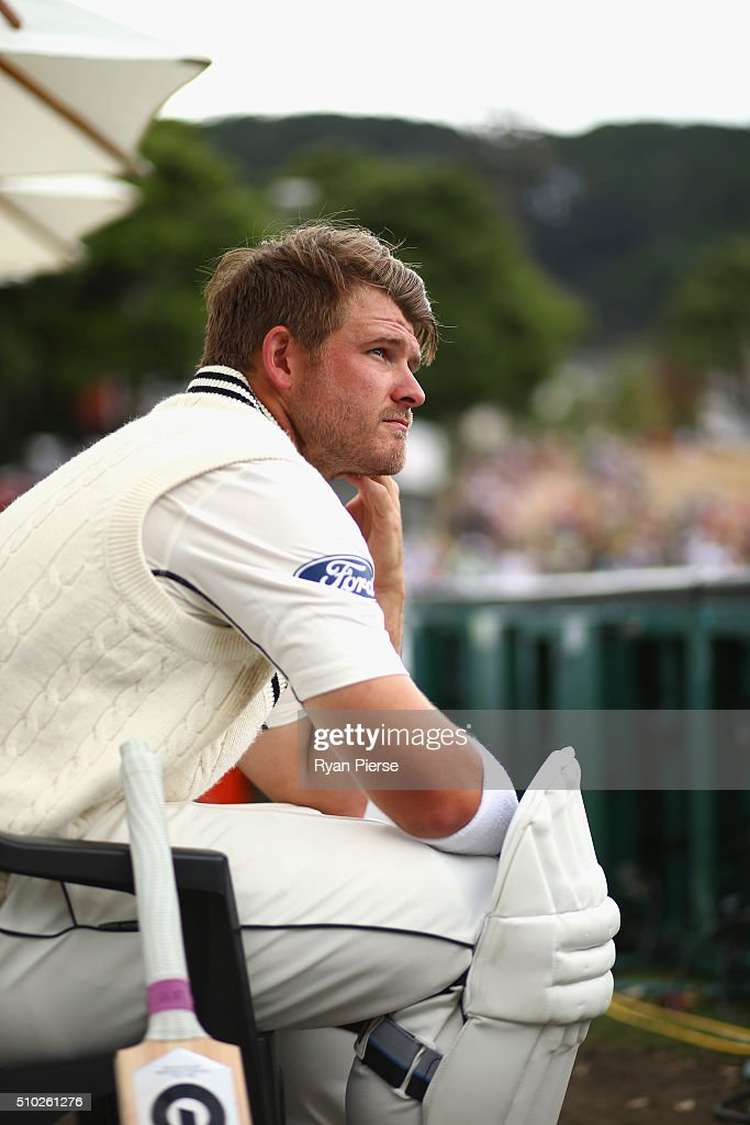 <a gi-track='captionPersonalityLinkClicked' href=/galleries/search?phrase=Corey+Anderson+-+Cricket+Player&family=editorial&specificpeople=12457249 ng-click='$event.stopPropagation()'>Corey Anderson</a> of New Zealand preapres to bat during day four of the Test match between New Zealand and Australia at Basin Reserve on February 15, 2016 in Wellington, New Zealand.