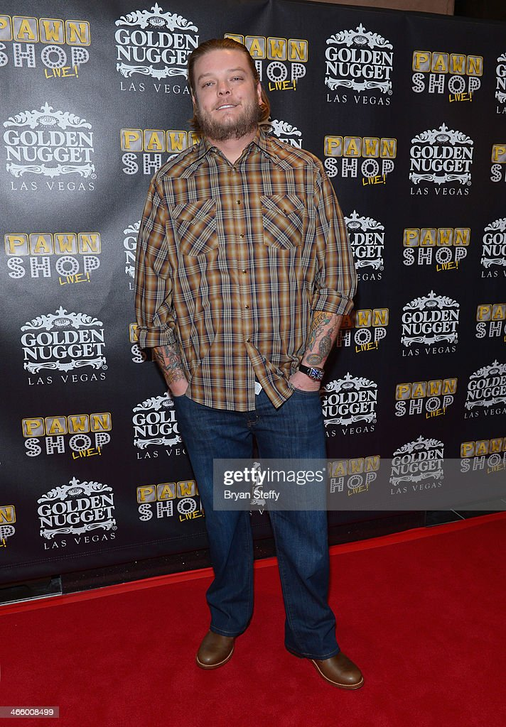 """corey pawn stars dating Does corey harrison from pawn stars have a girlfriend the kgb agent answer: it seems that corey """"big hoss"""" harrison and his girlfriend roxy gonzalez are still."""
