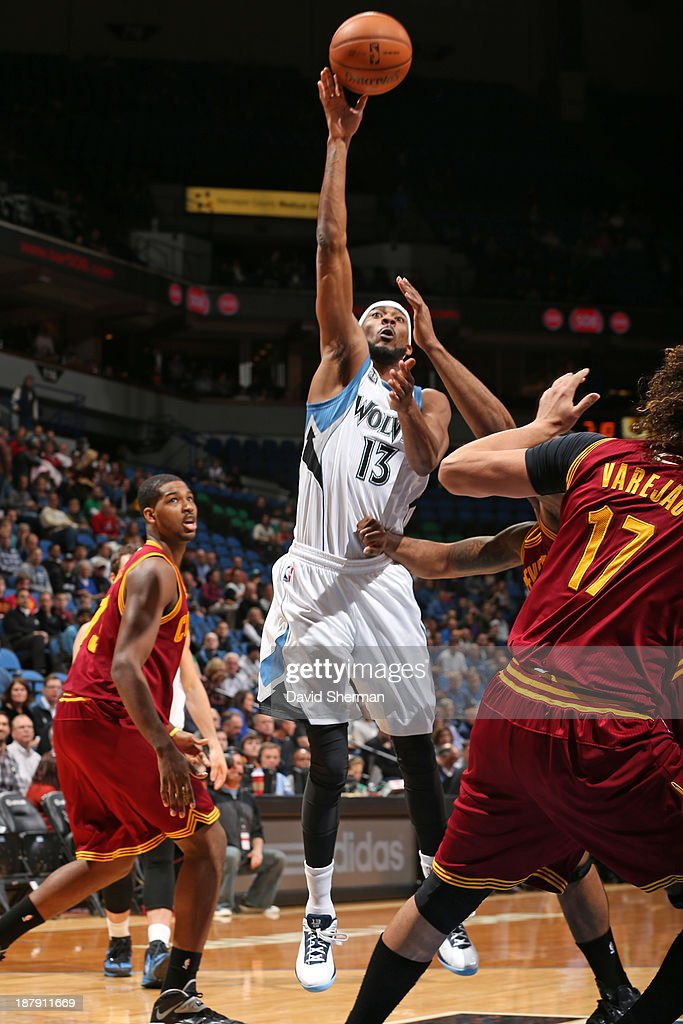Corey Brewer #13 of the Minnesota Timberwolves drives to the basket against the Cleveland Cavaliers on November 13, 2013 at Target Center in Minneapolis, Minnesota.