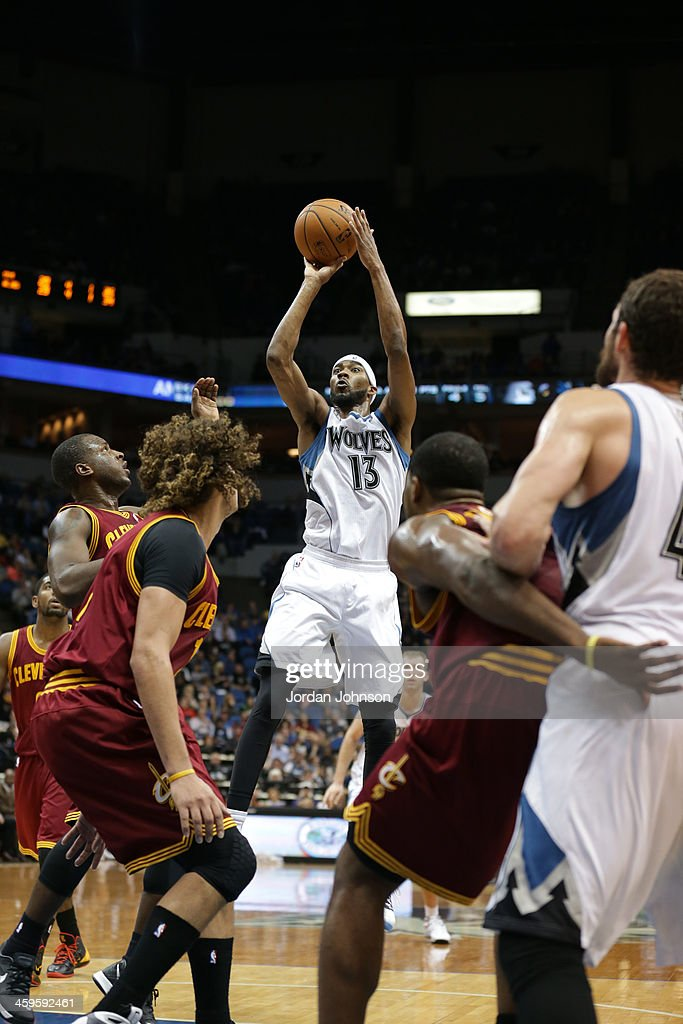 Corey Brewer #13 of the Minnesota Timberwolves shoots the ball against the Cleveland Cavaliers on November 13, 2013 at Target Center in Minneapolis, Minnesota.