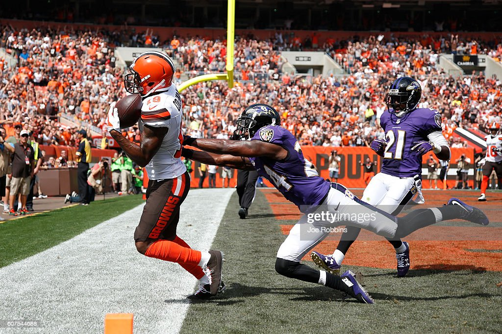 Corey Coleman #19 of the Cleveland Browns makes a 31-yard touchdown reception behind Shareece Wright #24 of the Baltimore Ravens in the first quarter at Cleveland Browns Stadium on September 18, 2016 in Cleveland, Ohio.