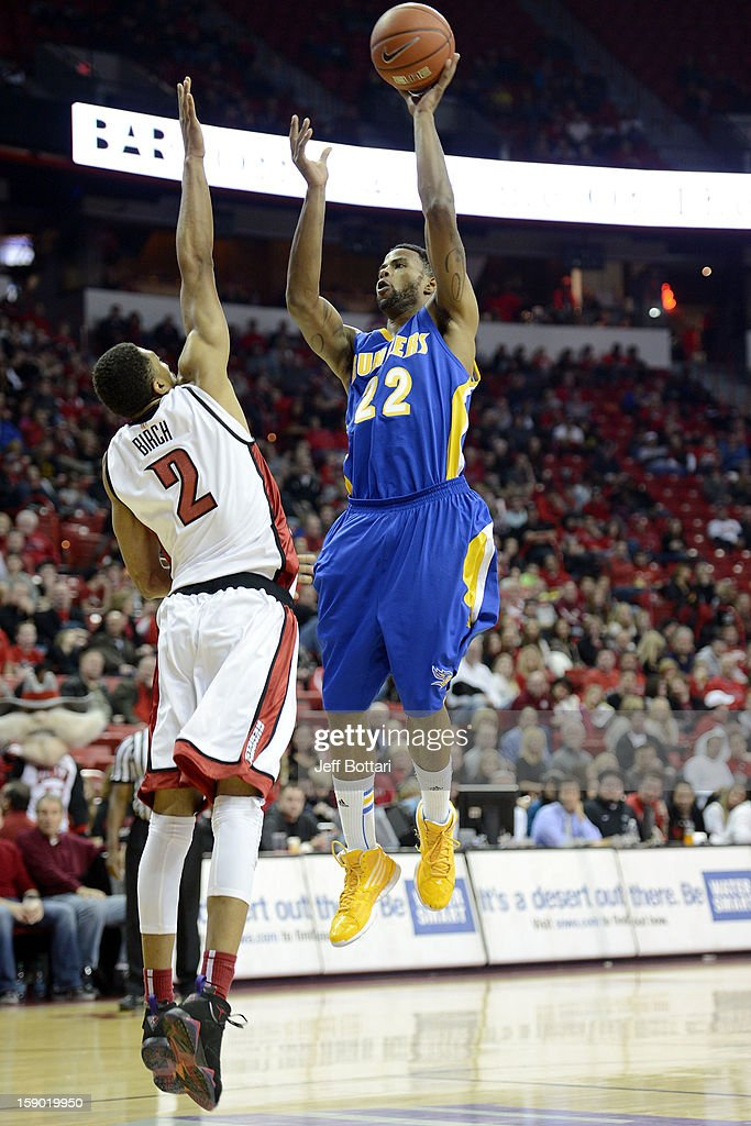 Corey Hall #22 of the CSU Bakersfield Roadrunners goes strong to the hoop against the UNLV Rebels at the Thomas & Mack Center on January 5, 2013 in Las Vegas, Nevada.