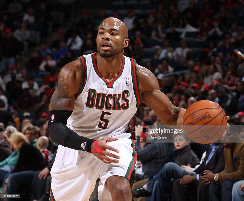 Philadelphia 76ers v Milwaukee Bucks s and
