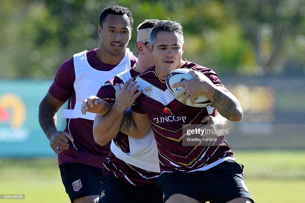 <a gi-track='captionPersonalityLinkClicked' href=/galleries/search?phrase=Corey+Parker+-+Rugby+Player&family=editorial&specificpeople=11188763 ng-click='$event.stopPropagation()'>Corey Parker</a> is caught by the defence during a Queensland Maroons State of Origin training session on May 29, 2016 in Gold Coast, Australia.