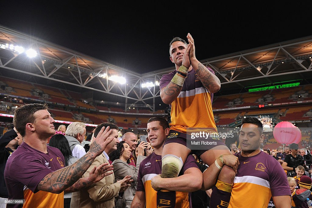 Corey Parker of the Broncos is chaired off the field during the round 26 NRL match between the Brisbane Broncos and the Sydney Roosters at Suncorp Stadium on September 1, 2016 in Brisbane, Australia.