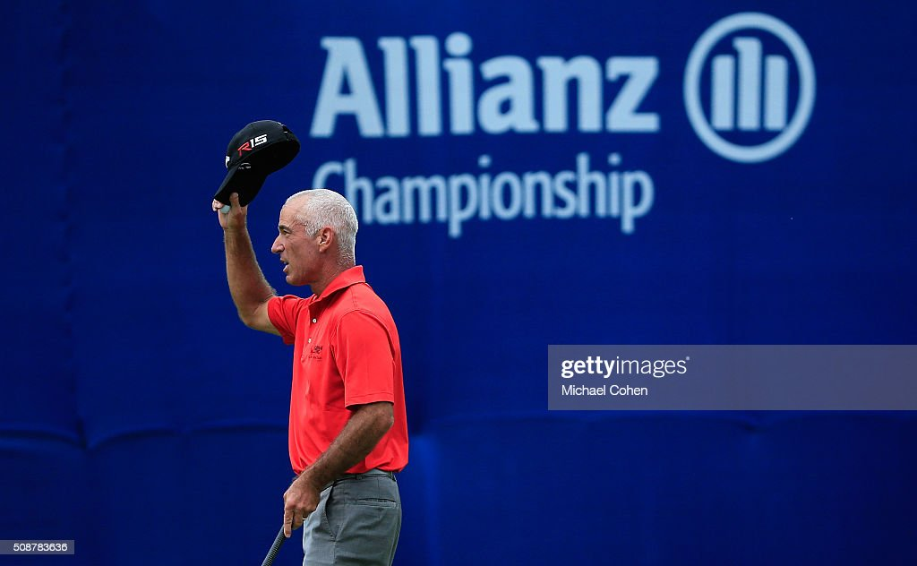 <a gi-track='captionPersonalityLinkClicked' href=/galleries/search?phrase=Corey+Pavin&family=editorial&specificpeople=179386 ng-click='$event.stopPropagation()'>Corey Pavin</a> acknowledges the gallery on the 18th green during the second round of the Allianz Championship held at The Old Course at Broken Sound on February 6, 2016 in Boca Raton, Florida.
