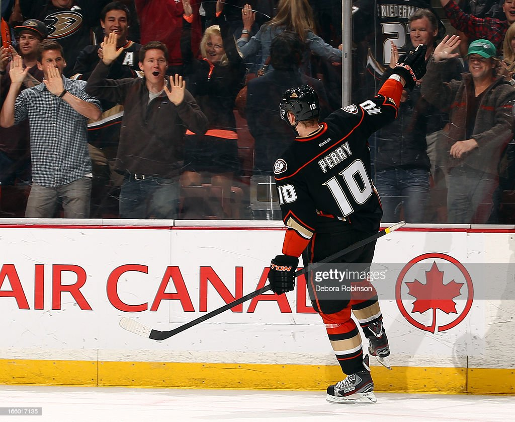 <a gi-track='captionPersonalityLinkClicked' href=/galleries/search?phrase=Corey+Perry&family=editorial&specificpeople=213864 ng-click='$event.stopPropagation()'>Corey Perry</a> #10 of the Anaheim Ducks reacts with the crowd after scoring the winning goal in a shootout during the game against the Los Angeles Kings on April 7, 2013 at Honda Center in Anaheim, California.