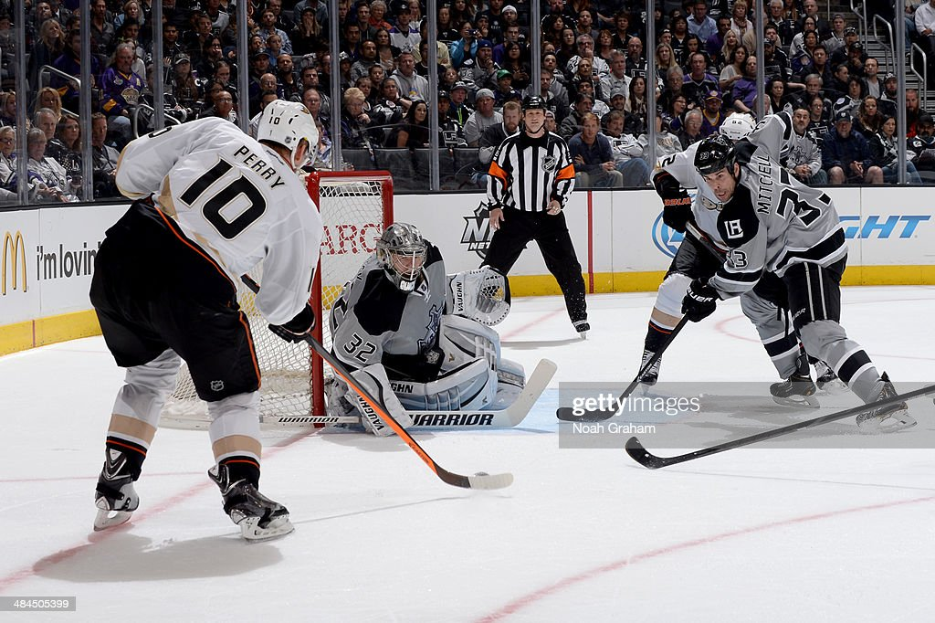 Corey Perry #10 of the Anaheim Ducks takes the shot against Jonathan Quick #32 of the Los Angeles Kings at Staples Center on April 12, 2014 in Los Angeles, California.