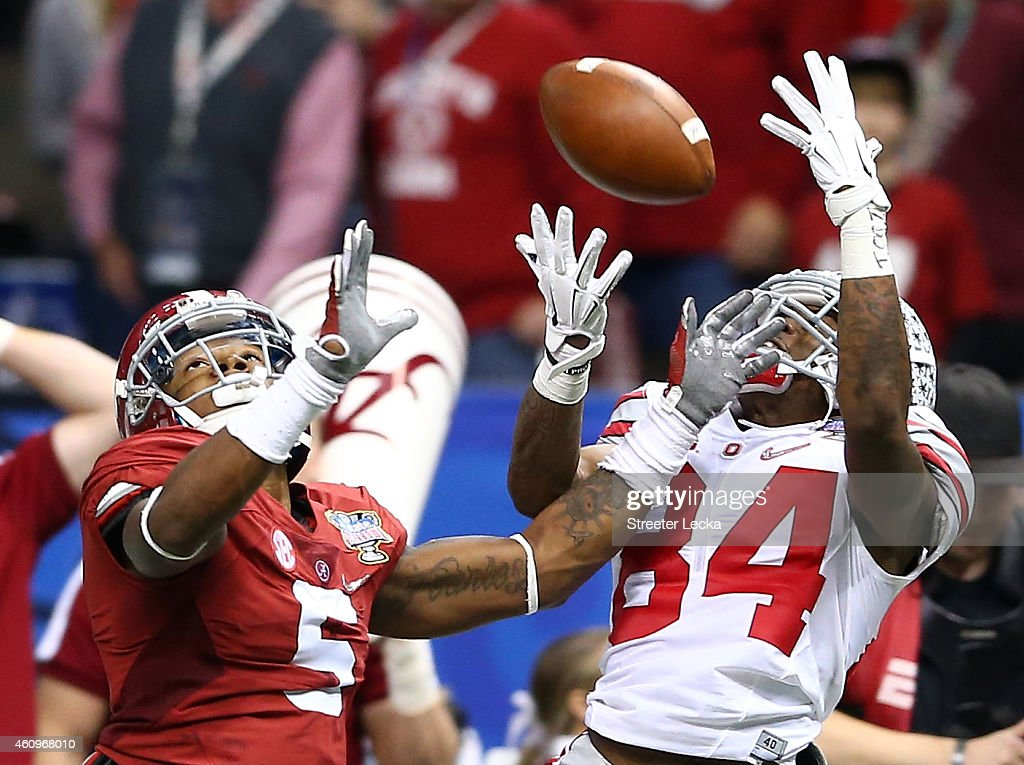 Corey Smith of the Ohio State Buckeyes misses a catch in the third quarter against the Alabama Crimson Tide during the All State Sugar Bowl at the...