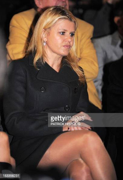 corinna schumacher wife of german seven time world champion michael schumacher watches during. Black Bedroom Furniture Sets. Home Design Ideas