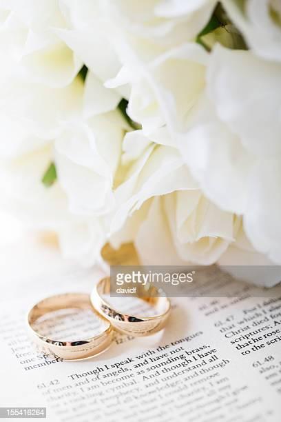 Corinthians, Hochzeit Bouquet und Ringe