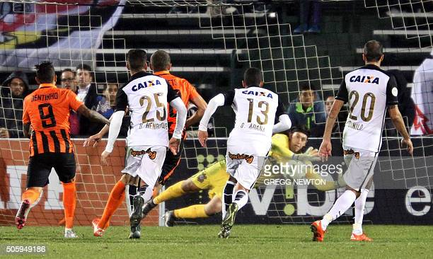 SC Corinthians goal keeper Cassio blocks another goal attempt by Ukraine side FC Shakhtar Donetsk during the second half of their Florida Cup game at...