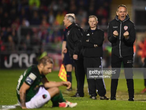 Cork Ireland 17 October 2017 Derry City manager Kenny Shiels reacts during the SSE Airtricity League Premier Division match between Cork City and...
