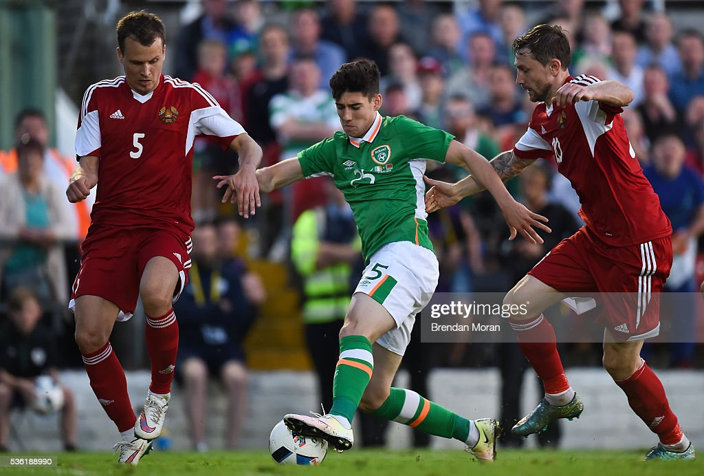 Cork , Ireland - 31 May 2016; Callum O'Dowda of Republic of Ireland in action against Dzianis Paliakov, left, and Mikhail Sivakov of Belarus during the EURO2016 Warm-up International between Republic of Ireland and Belarus in Turners Cross, Cork.