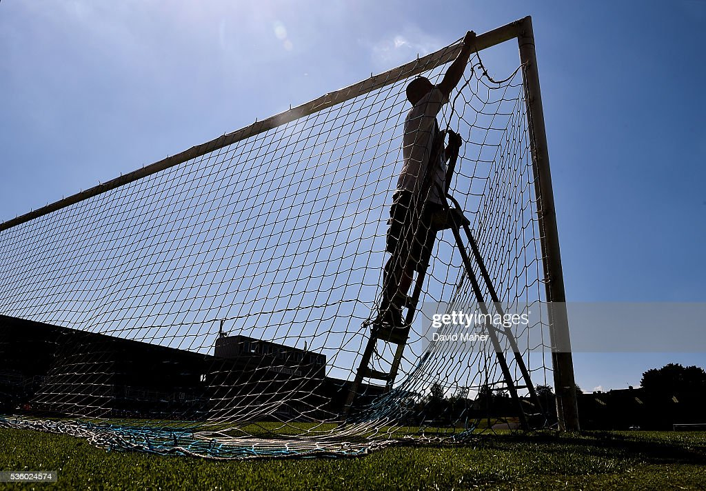 Cork , Ireland - 31 May 2016; Pat O'Sullivan, Cork City groundsman, ties up the goal nets before the EURO2016 Warm-up International between Republic of Ireland and Belarus in Turners Cross, Cork.
